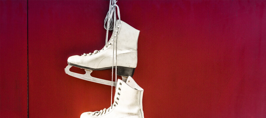 Featured image Becoming a Figure Skater 101 Get the Right Equipment - Becoming a Figure Skater 101